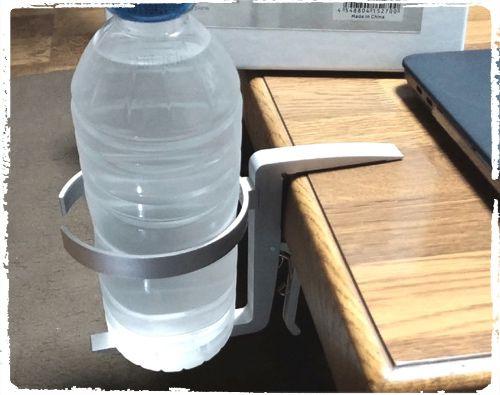 DN-915270 アルミ製 カップホルダーをテーブルに設置